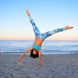 tutublue giveaway spf workout beach summer nycpretty fitness blogger printed leggings
